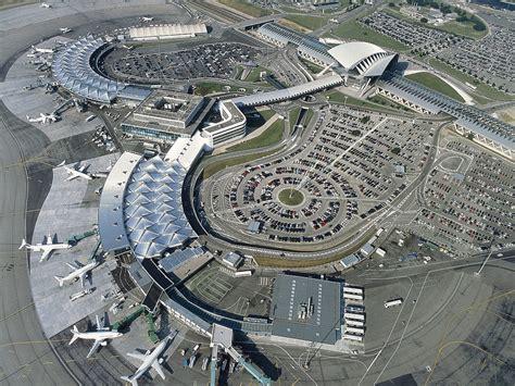 chambre du commerce et de l industrie lyon privatisation de l aéroport lyon exupéry emmanuel