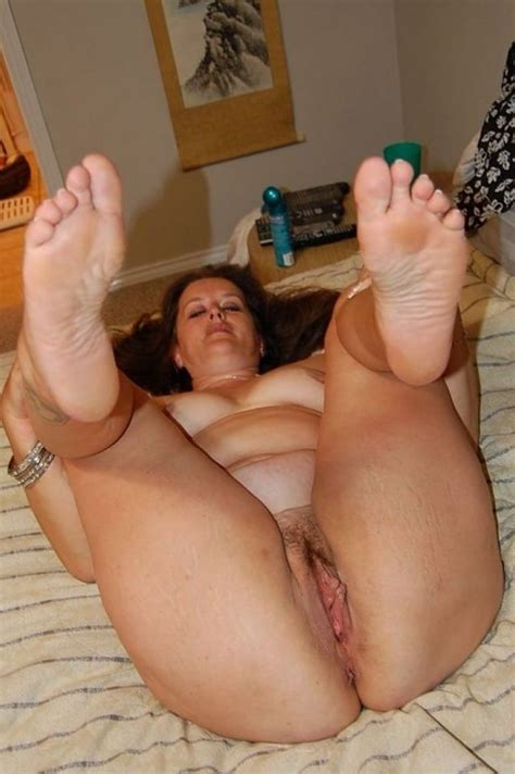 Busty Chubby Mature Mom Spreads Her Legs Xxx Pics Fun Hot Pic