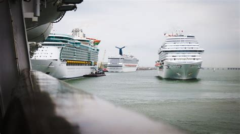 Ship Port by Cruise Lines Cancel Sailings Due To Port Of Galveston Closure
