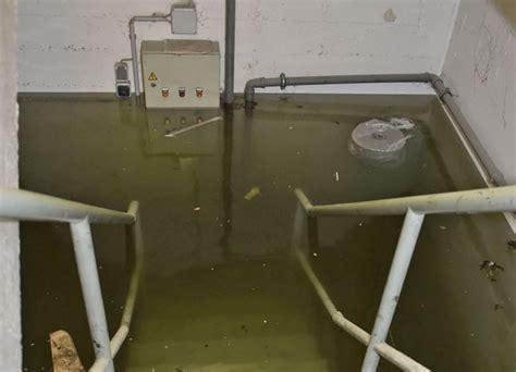wasserschaden im keller wasserschaden im keller eines gesch 228 ftshauses nachrichten m 252 nchen