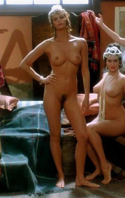 Hot Australian Actress Elle Macpherson Nude Photos Scandal Planet