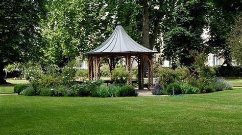 Allestire Giardino by Allestimento Giardini Progettazione Giardino