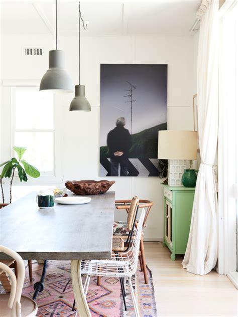 foto mesa de comedor  lamparas colgantes de miv