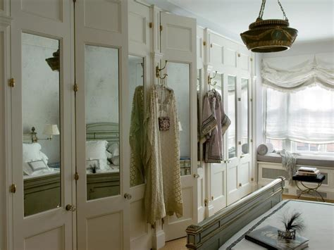 15 Cute Closet Door Options