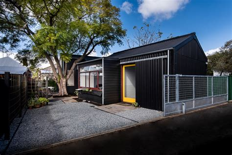 The Exploding! Shed House - Contemporary