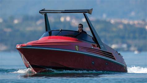 Motor yacht awol was built by mr ferrari. 1990 Riva Ferrari 32 Photo Gallery - Autoblog