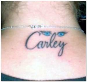 Tattoo Designs: Name Tattoos