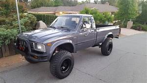 1983 Toyota 4x4 Long Bed Dlx Pickup Must See
