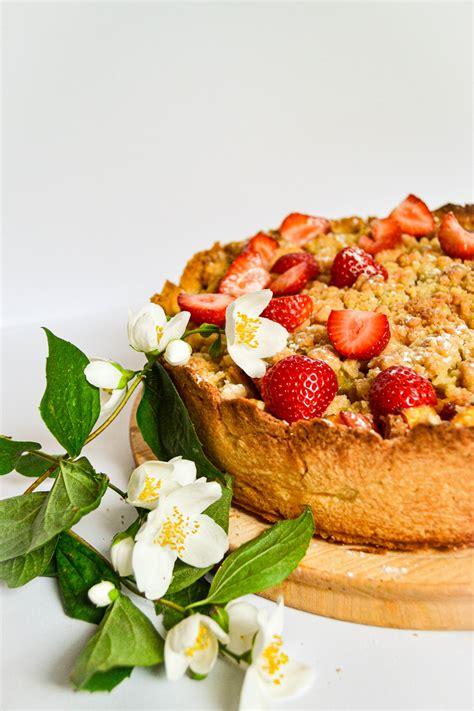 Rabarberu pudiņa kūka