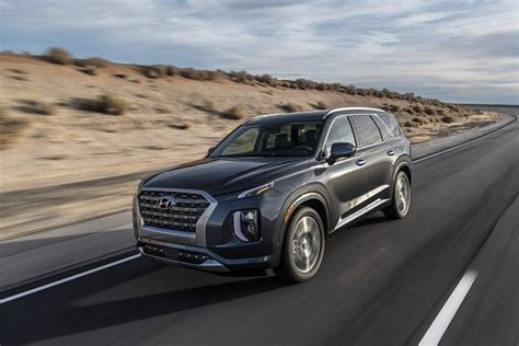 2020 hyundai palisade trim levels 2020 hyundai palisade seats eight comes with useful tech