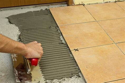 How To Spread Tile Adhesive  Howtospecialist  How To