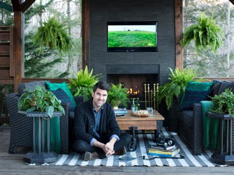 designers deck   modern mountain makeover hgtv
