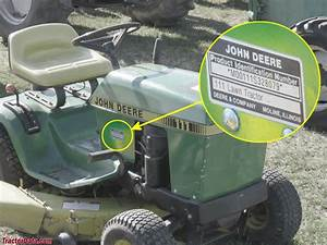 John Deere 111 Engine