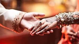 Bride groom hands holding couple | HD Wallpapers Rocks
