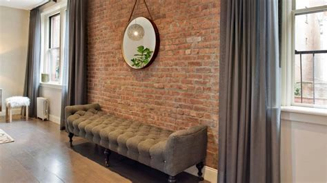 accent brick walls      wow page