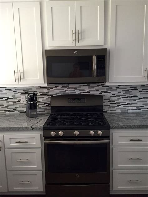 gray kitchen cabinets with stainless steel appliances best 25 slate appliances ideas on black