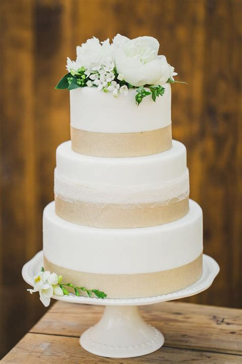 17 Best Ideas About Wedding Cake Simple On Pinterest