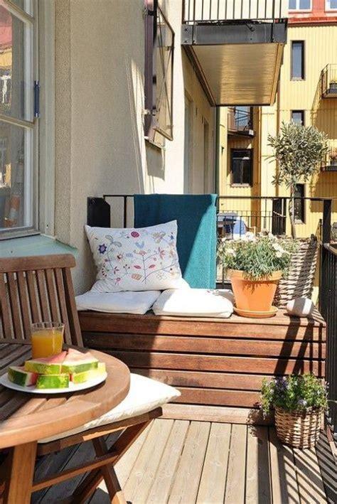 20 Small Cute Balcony Designs You Will Adore Small
