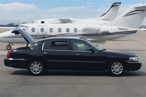 Limo Ride To Airport by Denver Airport Transportation Shuttle Taxi 007