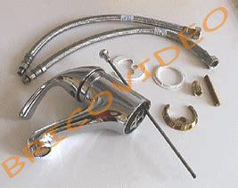 montage d un robinet de cuisine changer robinet m 233 langeur mitigeur plomberie robinetterie bricolage