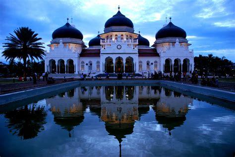 visit  aceh   visit  masjid raya baiturrahman