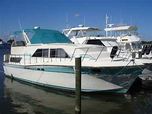 1985 Chris Craft Catalina 381 Powerboat For Sale In Florida