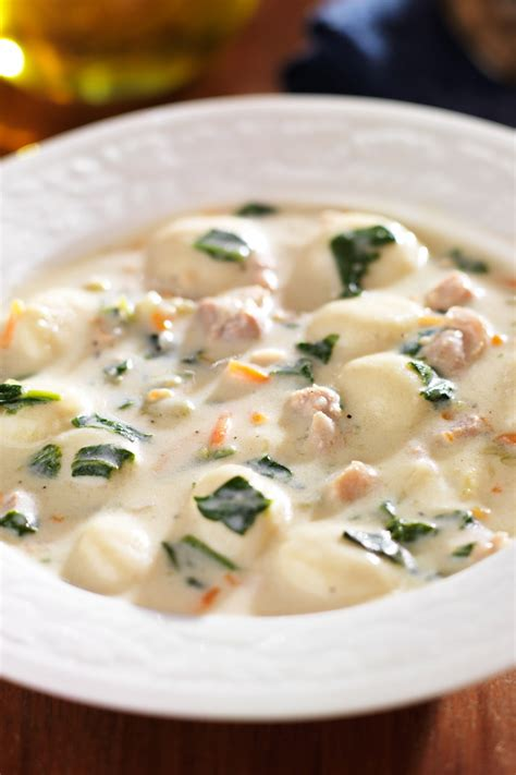 olive garden soup recipe olive garden chicken and gnocchi soup copycat kitchme