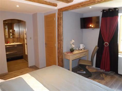 chambre hote cantal chambre d 39 hôtes la maison de gilbert 9022 à chaudes aigues