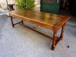Table Ancienne De Ferme : table de ferme en noyer massif du xviiie si cle ~ Dode.kayakingforconservation.com Idées de Décoration