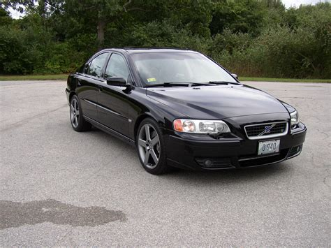 MikeO37 2005 Volvo S60R Sedan 4D Specs, Photos ...