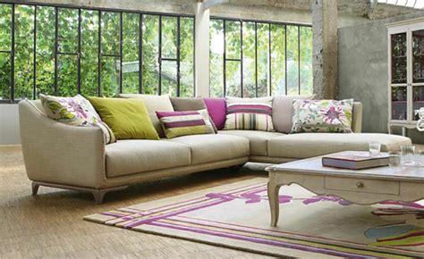 roche bobois canapes le canapé design revisité par roche bobois