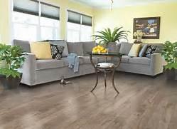Light Wood Floor Living Room by Light Brown And Gray Laminate Wood Floor For Living Room Design Nutmeg Ches