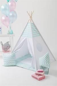 Tipi Chambre Bébé : une s lection de tipis pour les enfants club mamans ~ Teatrodelosmanantiales.com Idées de Décoration