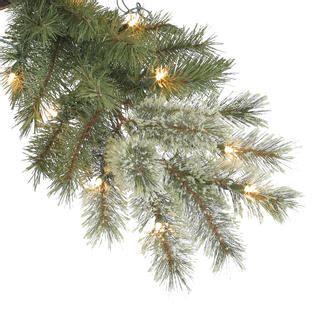 do ner bliltzen wine hester cashmere christmas trees donner blitzen 7 5 600 clear light pre lit tree