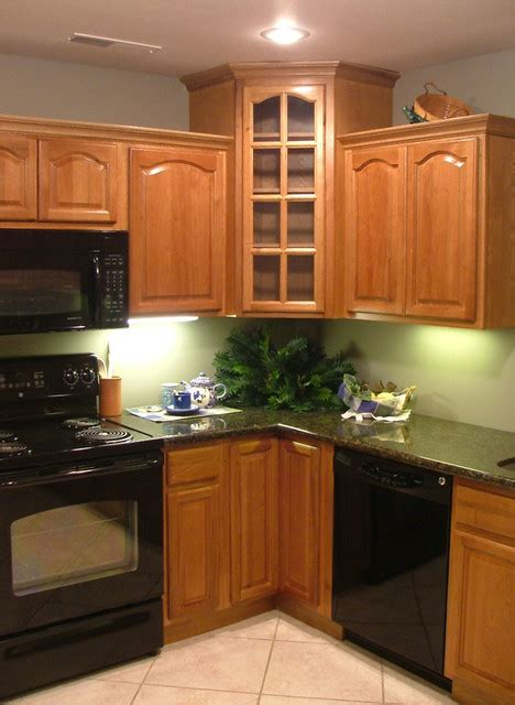 kitchen floor cabinets hickory kitchen cabinets home design traditional 1621