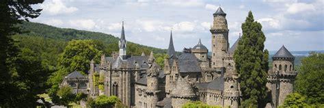 Die stadt kassel im herzen deutschlands verdankt ihre weltweite bekanntheit vor allem der weltkunstausstellung documenta, die. löwenburg castle   Museumslandschaft Hessen Kassel