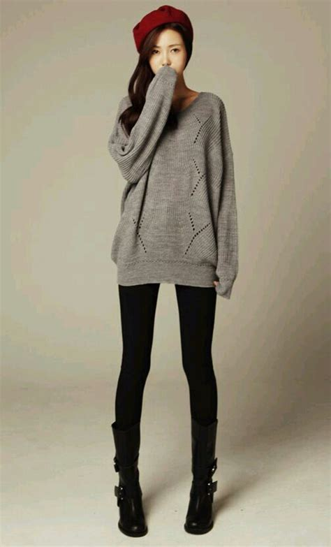 Fall / winter outfit. Grey oversized sweater black tights black boots | #OOTD | Pinterest ...