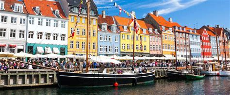 Shoppen In Kopenhagen by Kopenhagen Shopping Guide