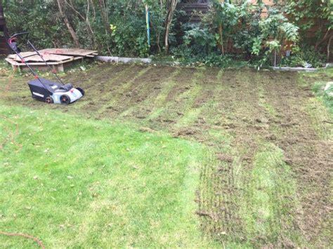 Rasen Nach Vertikutieren by Rasen Im Herbst M 228 Hen Vertikutieren Und D 252 Ngen Hausbau