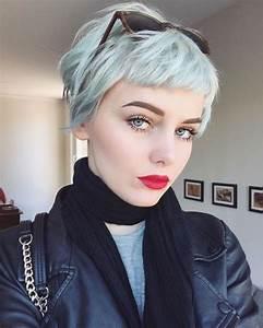 Carré Très Plongeant : best 25 cheveux court femme ideas on pinterest cheveux ~ Nature-et-papiers.com Idées de Décoration