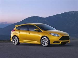 Ford Focus 2013 : 2013 ford focus st gets 23 mpg city 32 mpg highway ~ Melissatoandfro.com Idées de Décoration