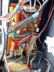 Obsolete Technology Tellye    Philips 27cs6895 Bach