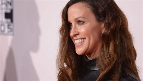 Alanis Morissette manager admits to NZ$6.7m theft from ...