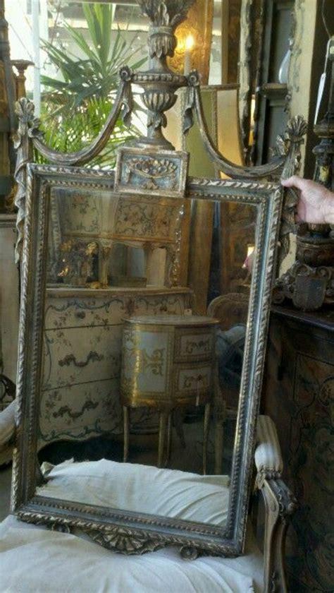 antike spiegel ausgefallene dekoration fuer das zimmer