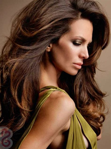 Hair Colours For Brown Hair by Pictures Brown Hair With Caramel Highlights