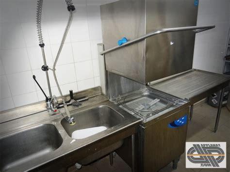 materiel cuisine professionnel occasion lave vaisselle à capot avec entrée sortie elettrobar