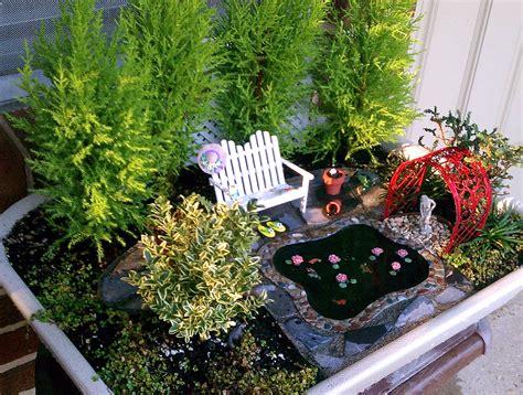The Mini Garden Guru From Twogreenthumbs.com