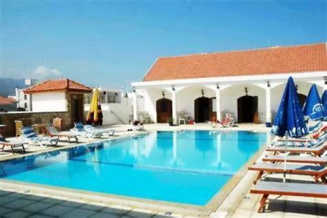 chambres d h es au portugal altinkaya resort chypre du nord corendon vacances