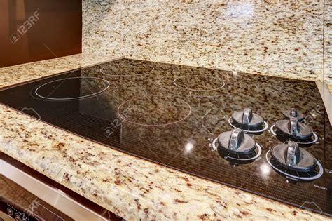 Kitchen Backsplash Ideas With Black Granite Countertops - built in stove top ideas homesfeed
