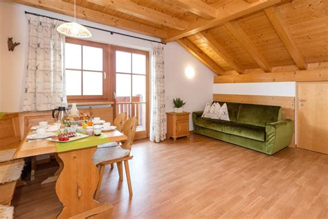 Tesido Appartamenti by Appartamenti Urlaub Auf Dem Bauernhof Mahrhof In Taisten